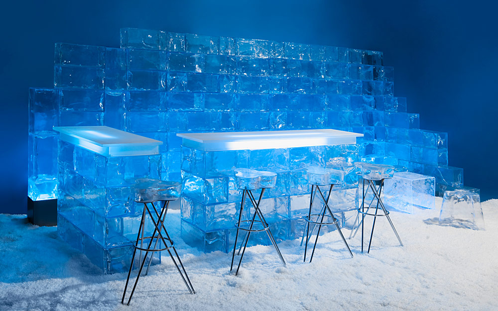 Ice furniture & decorative elements from artificial ice