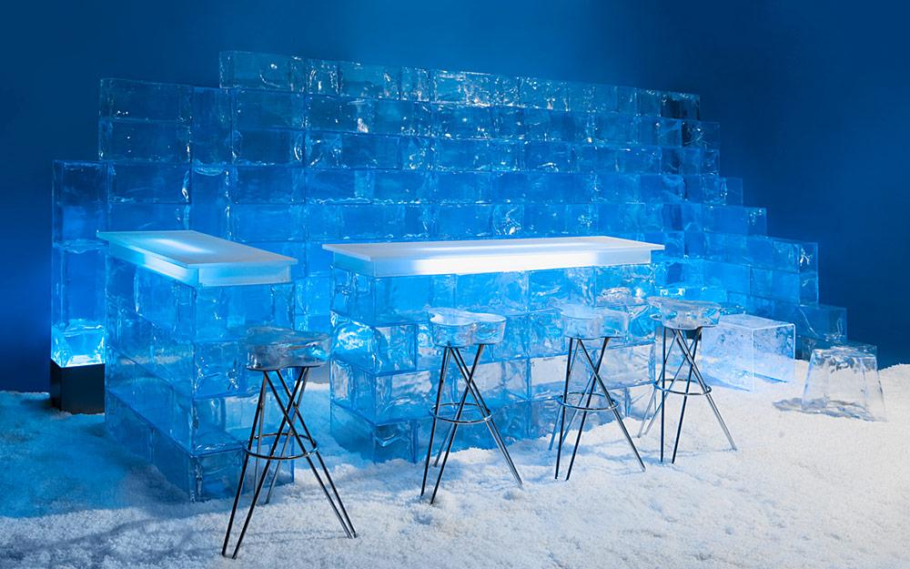 Eismöbel & Deko-Elemente aus künstlichem Eis